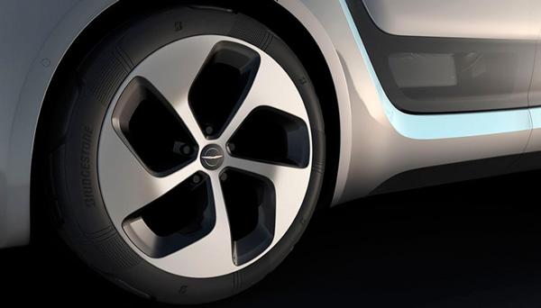 Bridgestone Apresenta Pneus Da Próxima Geração Para O Protótipo Do Novo Chrysler Portal